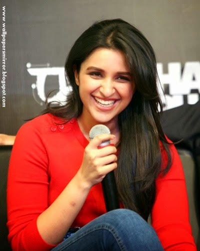 parineeti chopra hot pho gallery