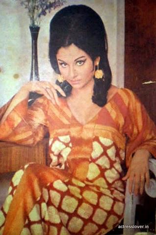 Mini Biography of Sharmila Tagore