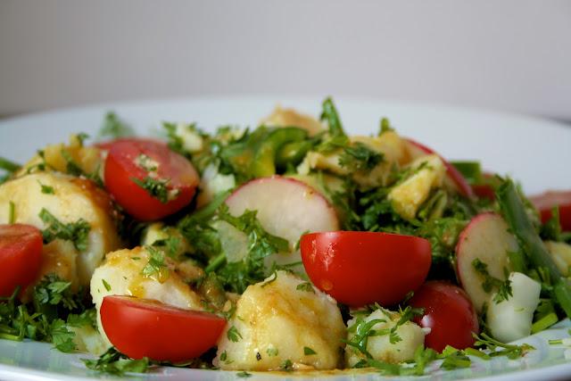 Πατατοσαλάτα με μυρωδικά, Potato salad with herbs