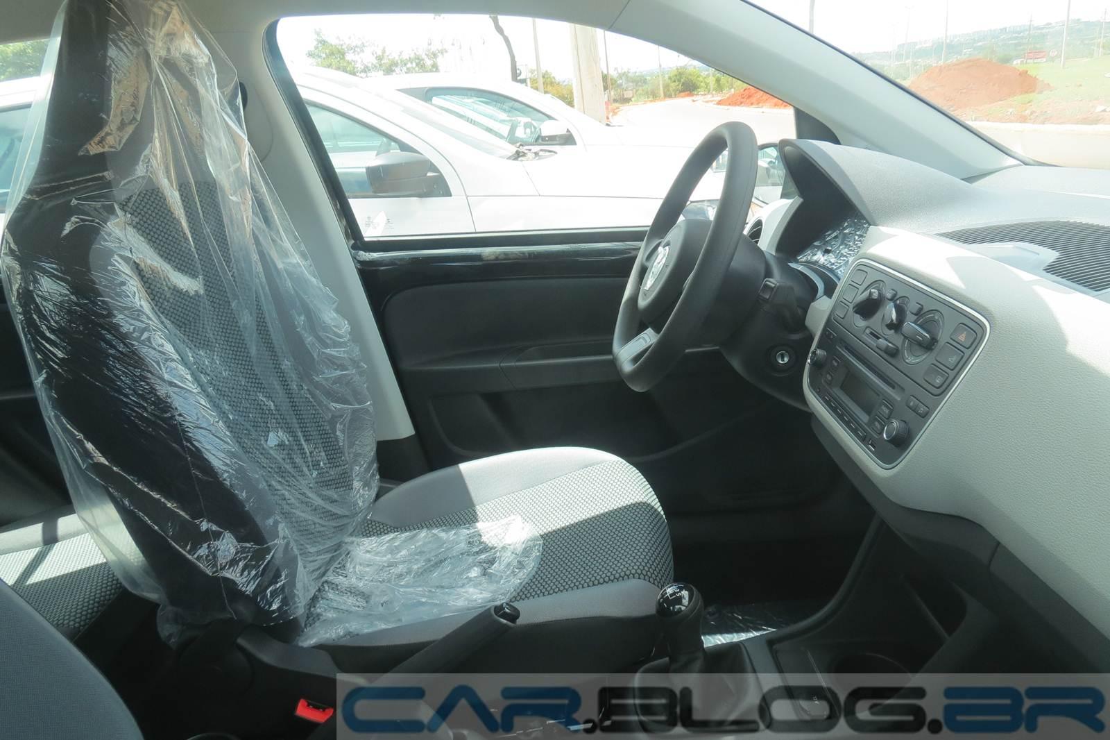 Volkswagen up! Take-up! - por dentro
