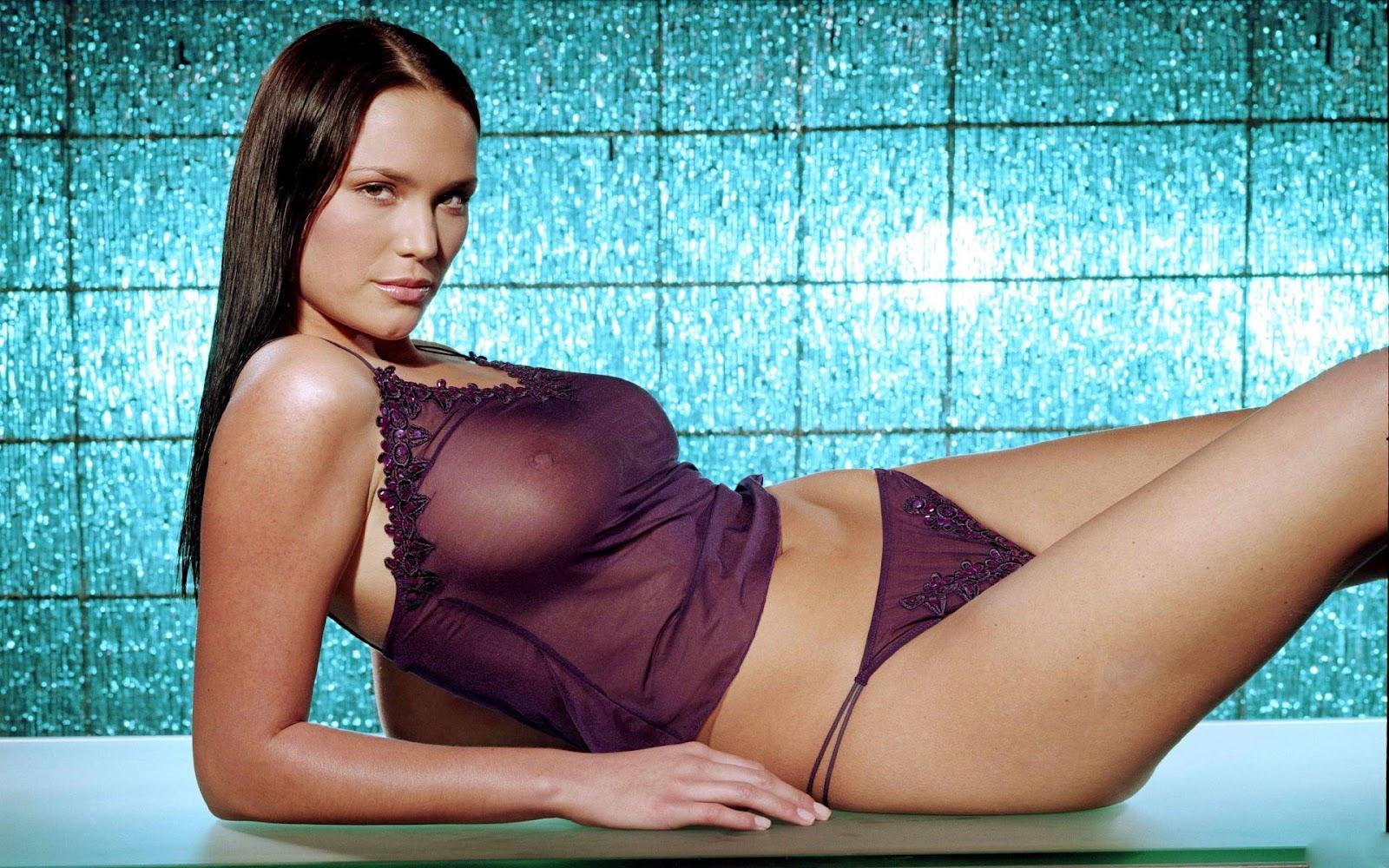 http://2.bp.blogspot.com/-MB-sQkKzTO8/UB-ZPtU_ZhI/AAAAAAAALdM/AonFLzyOCFY/s1600/lucy-clarkson-so-sexy.jpg