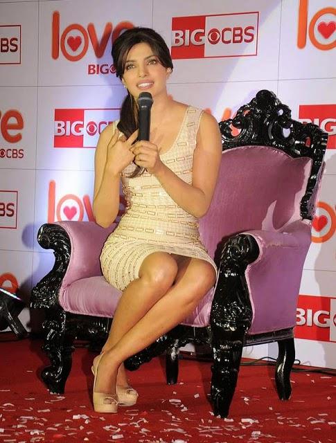Bollywood S Biggest Wardrobe Malfunctions Venucit
