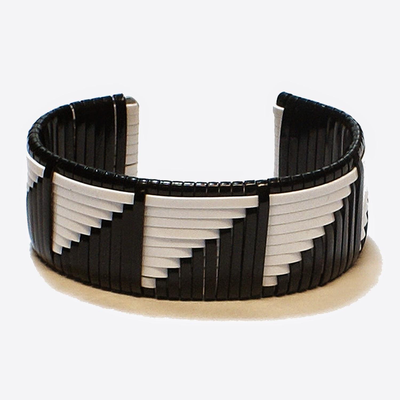 Bracelet weave by Joel Hooks - Pepperell Braiding Company