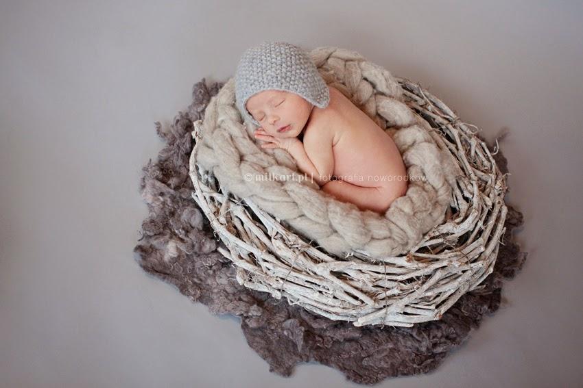 sesja zdjęciowa rodzinna, fotografia noworodkowa, sesja  dziecka na chrzciny, fotograf niemowląt w poznaniu