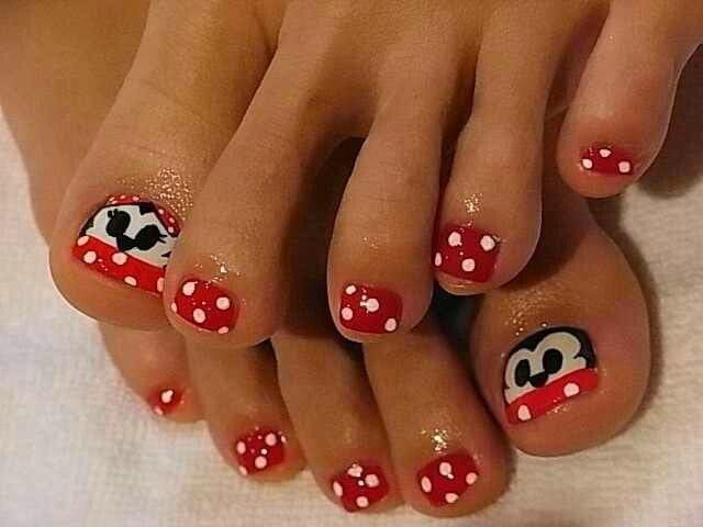 Are you a big fan of Disney? The artist behind this certainly was! These  adorable nails feature fan favorite Disney characters Mickey and Minnie  Mouse, ... - Nail Designs