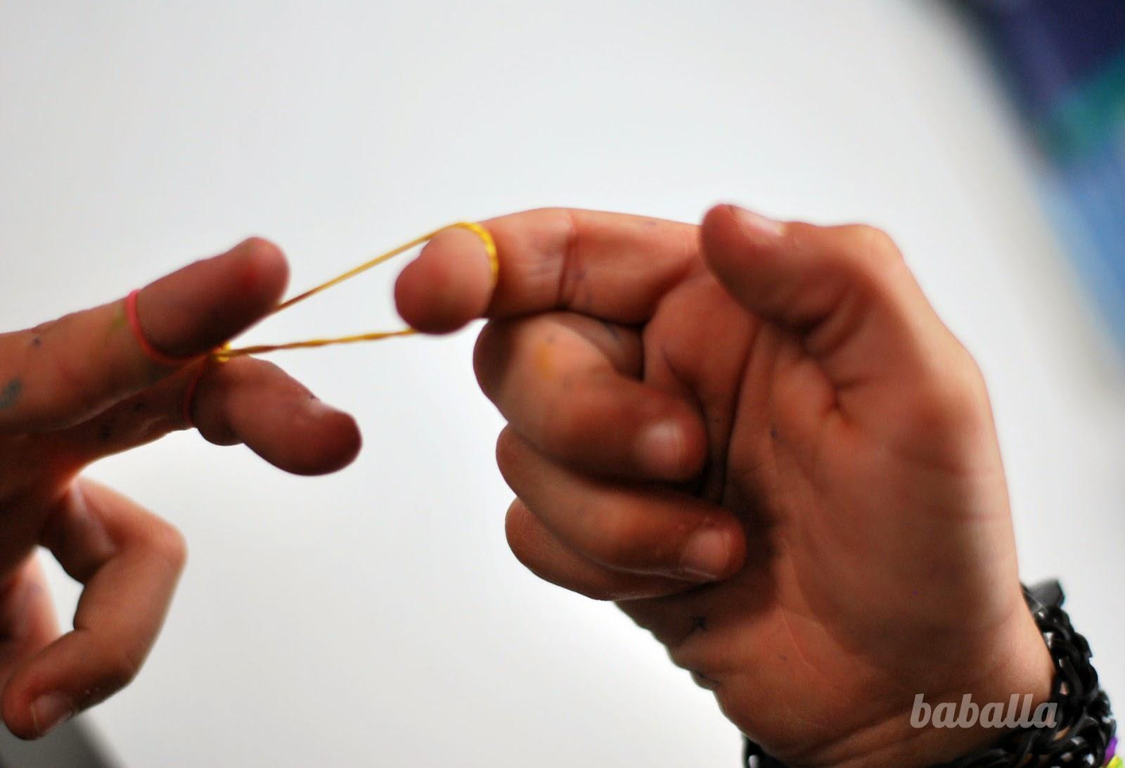 cómo hacer pulseras de gomas
