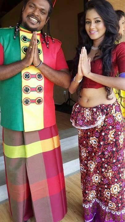 Dinakshie Priyasad flat tummy