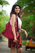 Love You Bangaram Heroine Sravya Photos-thumbnail-13