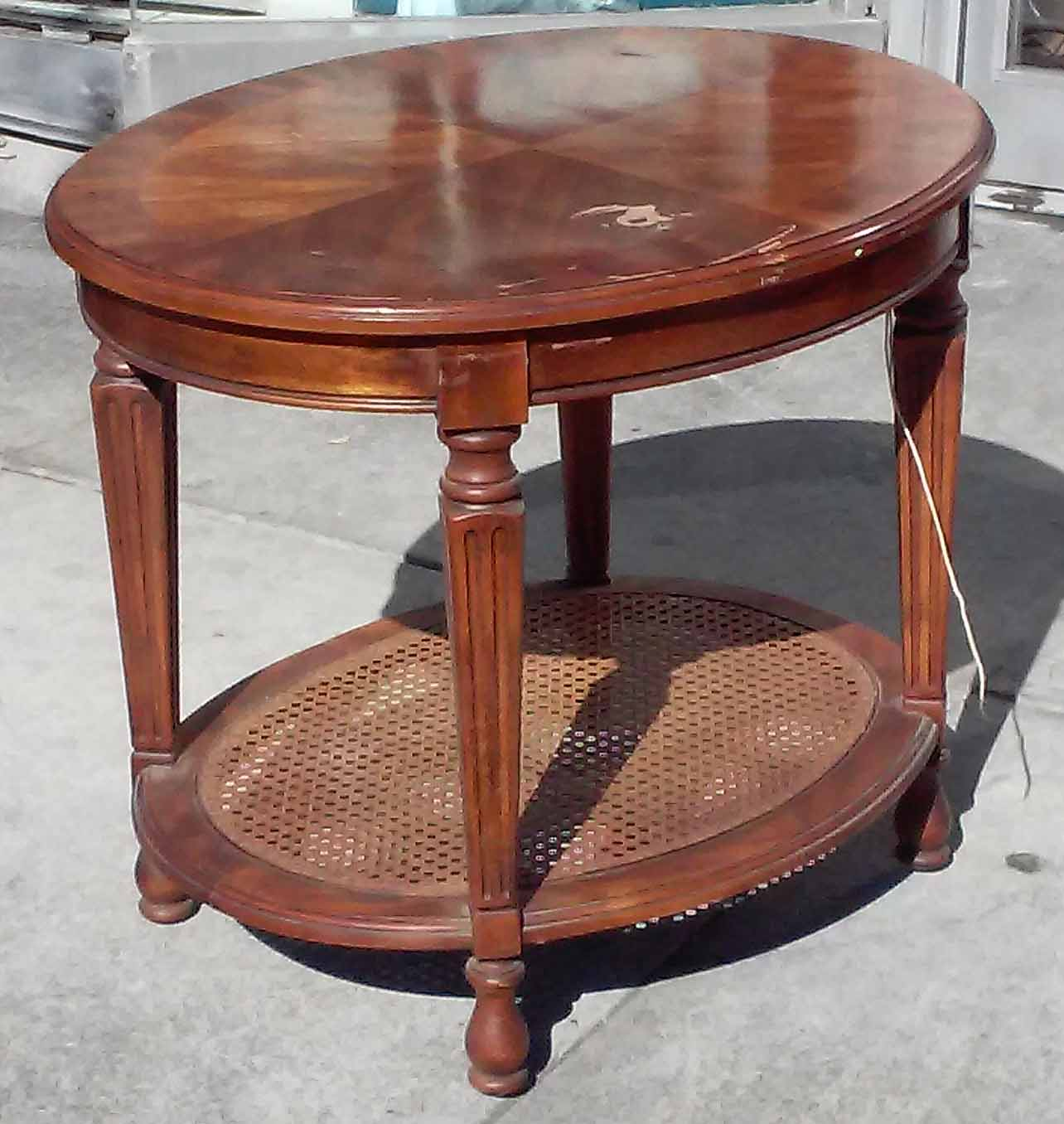 Uhuru Furniture Collectibles Sold Oval Lamp Table 35