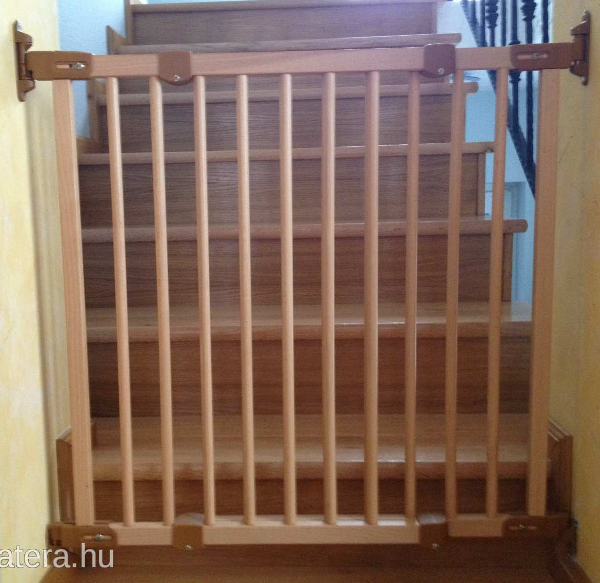 ikea patrull wooden baby gate. Black Bedroom Furniture Sets. Home Design Ideas