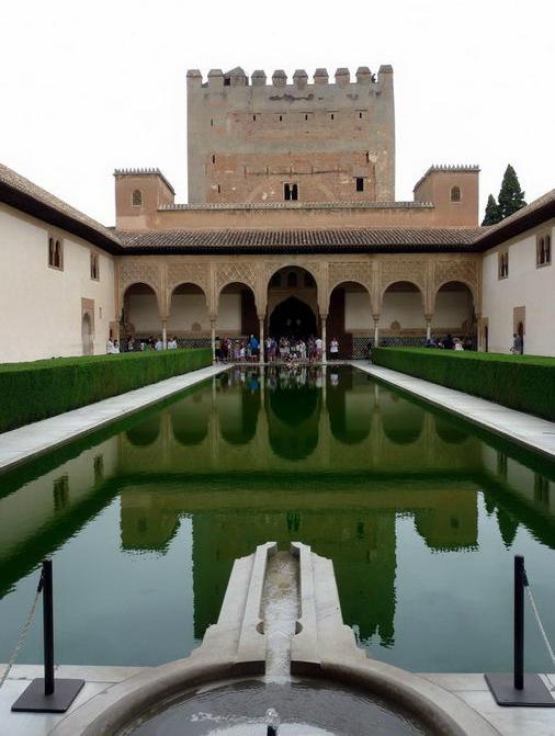 Arte para ni os el patio de los arrayanes en la alhambra - Patios de granada ...