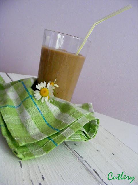 Banánovo kávové smoothie
