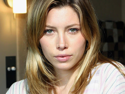 Jessica Biel Actress Latest Wallpaper-804-1600x1200