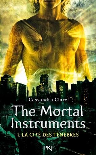 http://lemondedesapotille.blogspot.fr/2013/11/the-mortal-intruments-tome-1-la-cite.html