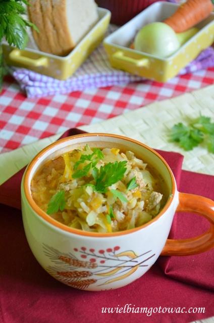 Zupa gołąbkowa (Kapuśniak z mięsem mielonym i ryżem)