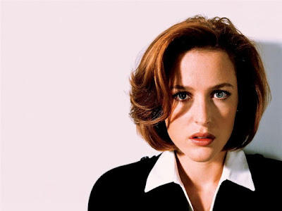Gillian Anderson Beautiful Wallpaper