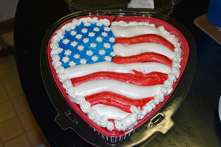 heart shapped flag cake