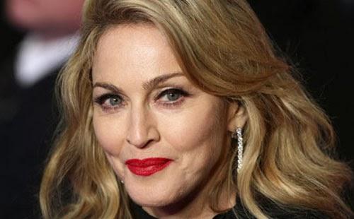 """نجمة البوب العالمية """"مادونا"""" أن تتصدر قائمة """"فوربس"""" كأغنى مُغنية فى العالم لعام 2013"""