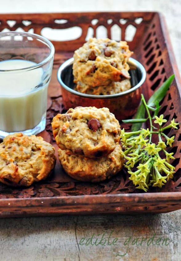 how to make eggless choc chip cookies in microwave