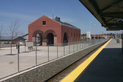 MBTA Commuter Rail Station, Newburyport, Massachusetts, ymca, arches