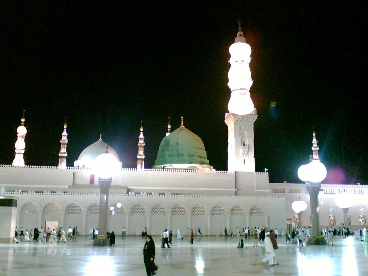http://2.bp.blogspot.com/-MDN2Nw9_J0o/UCtfPS3XcWI/AAAAAAAAAHk/EnhqD098QZ0/s1600/light+of+Islam+Madina.jpg