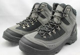Sepatu Ozark Trail Men's Hikers