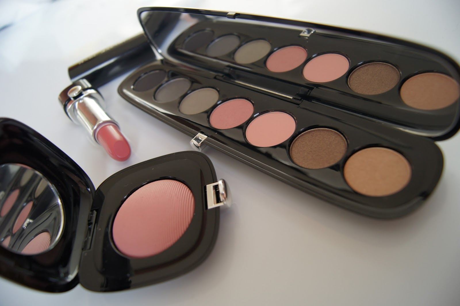 Marc Jacobs Beauty: Eye Con No 7 in The Enigma review