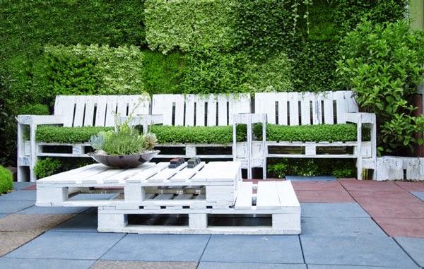 Set de butacas y mesa con palets para - Mesas de palets para jardin ...