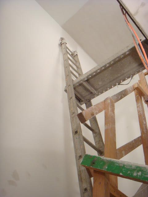 Sicher ins eigenheim wir bauen ein haus for Treppenhaus streichen muster