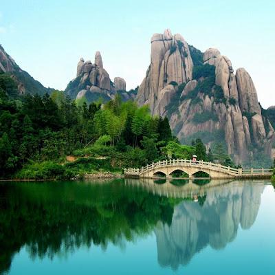 Montaña Taimu en la Isla de Fujian, China. - Fotos de Asia