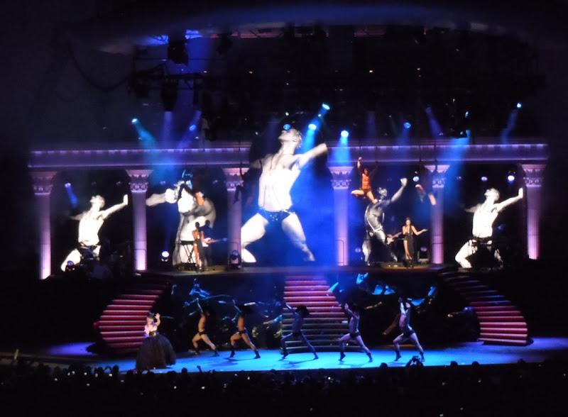Kylie Minogue Hollywood Bowl Aphrodite Concert