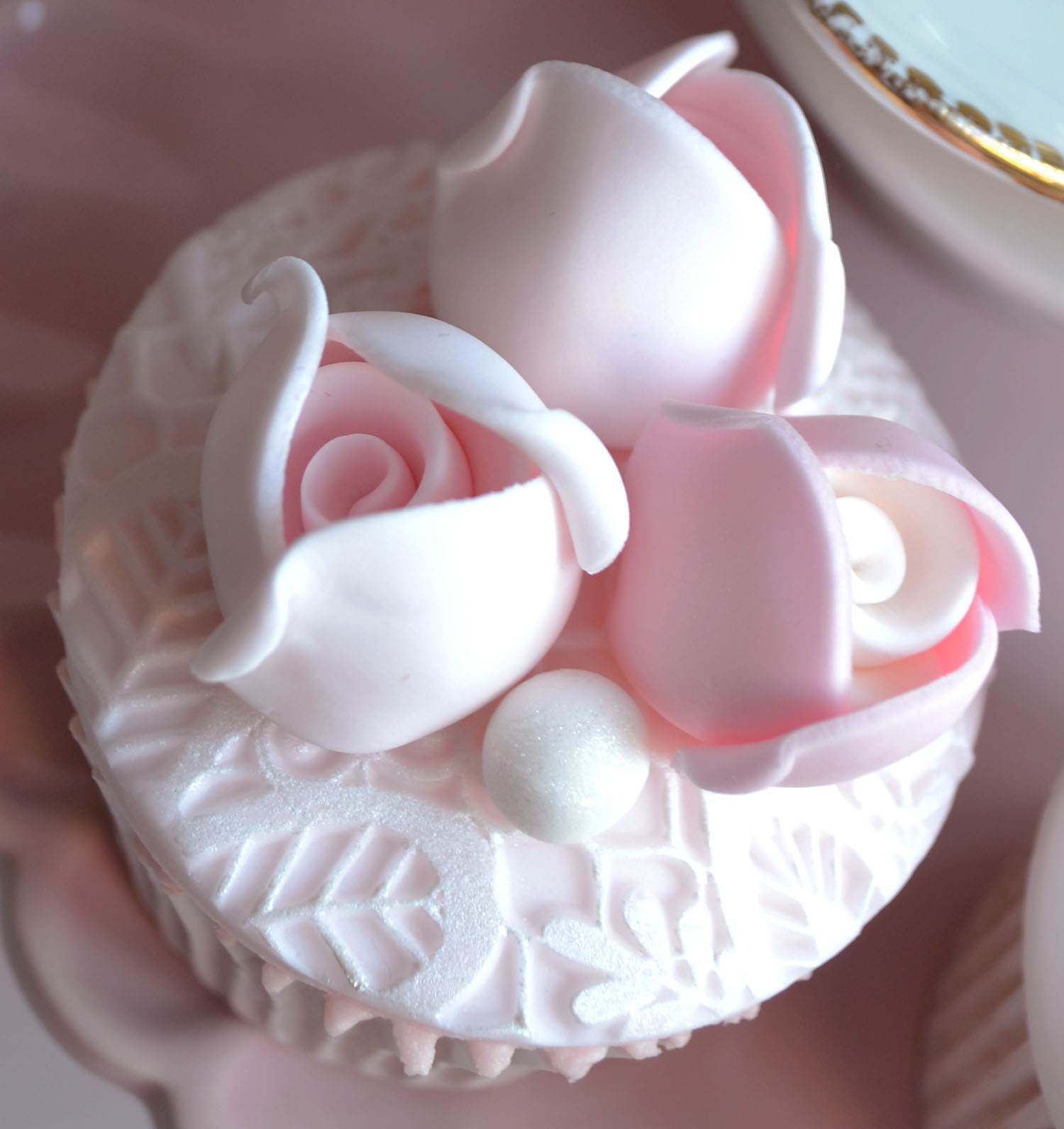 Little Paper Cakes Beautiful Vintage Wedding Cupcakes