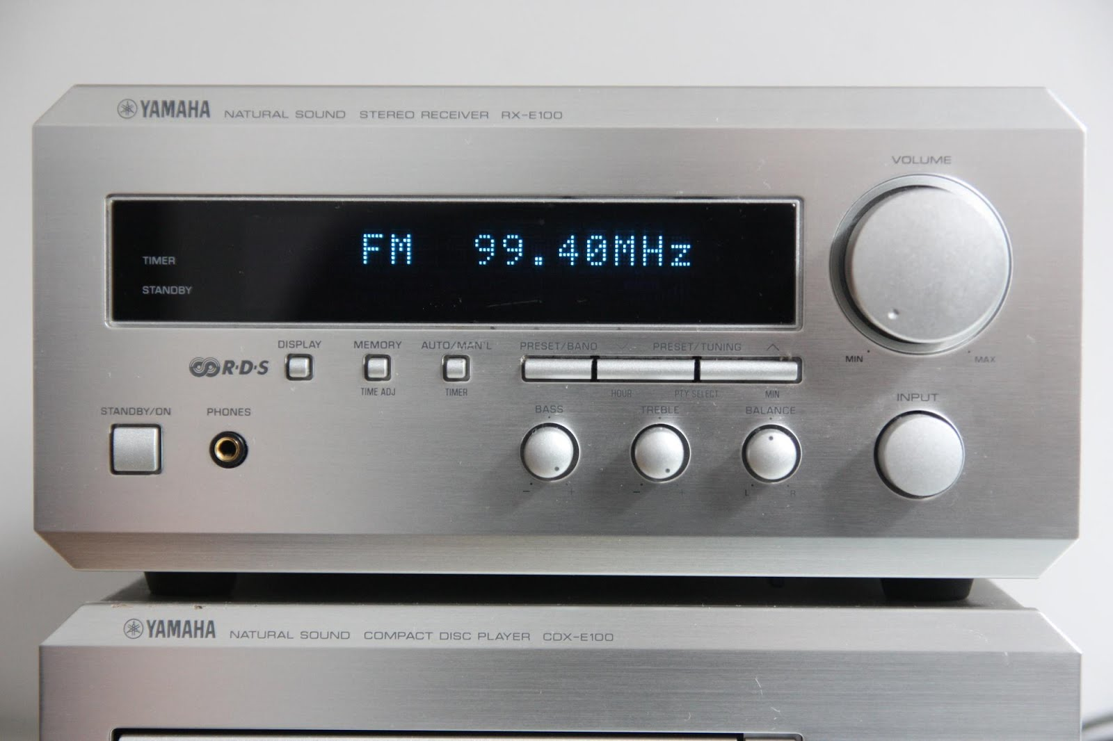 Yamaha rx e100 stereo receiver audiobaza for Yamaha receiver customer support phone number