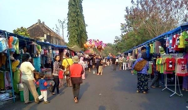 suasana wisata Sunday Morning UGM