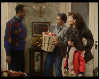 Cosby Show Huxtable fashion blog 80s sitcom Mario Mendoza Rosalinda Guerra Bill Cosby Cliff Huxtable sweater apples guest stars