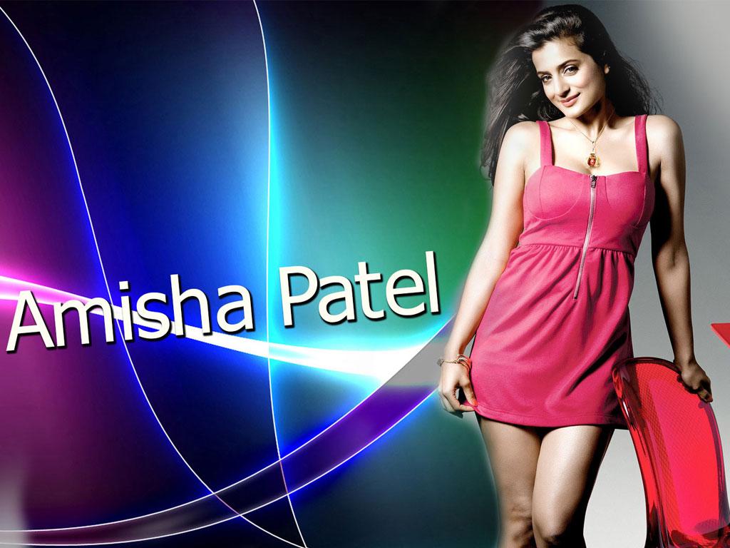 Amisha Patel Hot Dress Pics