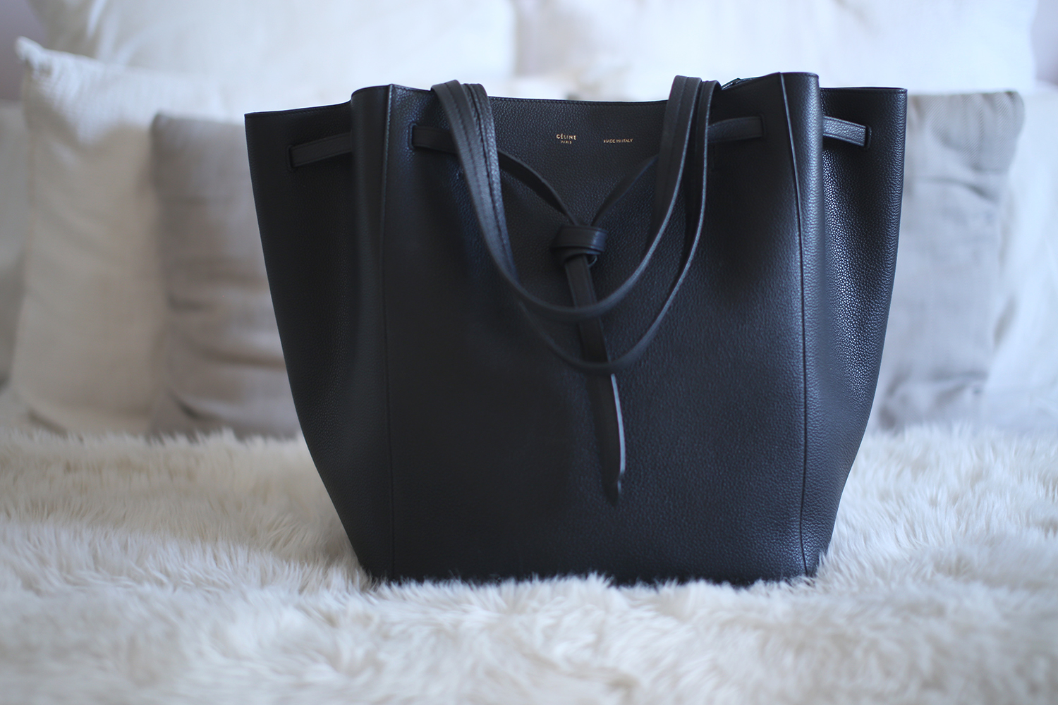 celine cabas phantom large