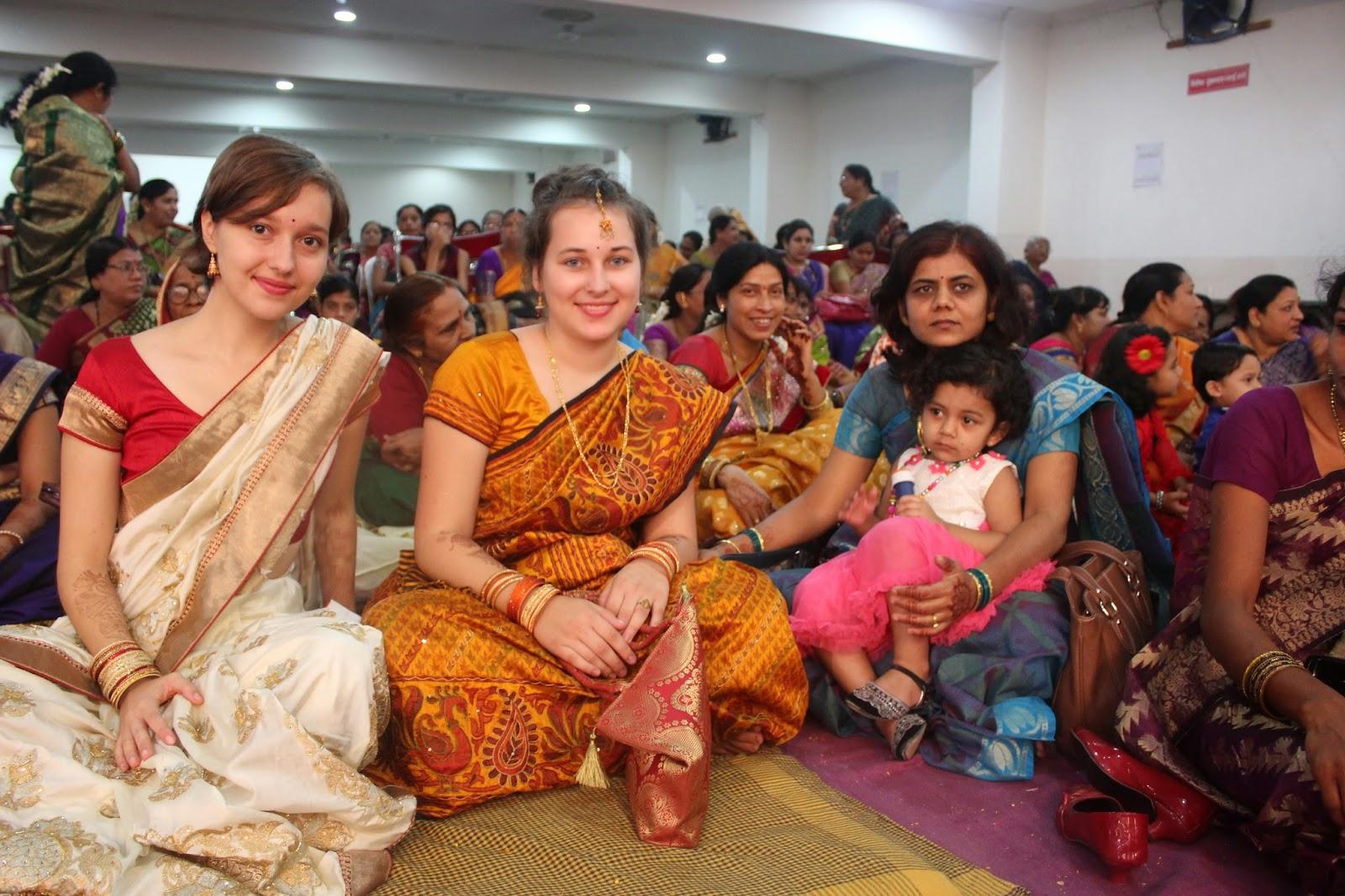 indische Frau mit weißem Mann verheiratet