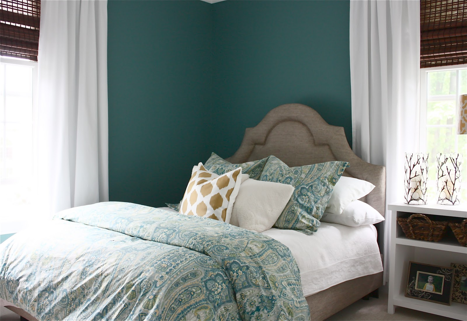 The yellow cape cod bedroom makeover before after for Cape cod chat rooms
