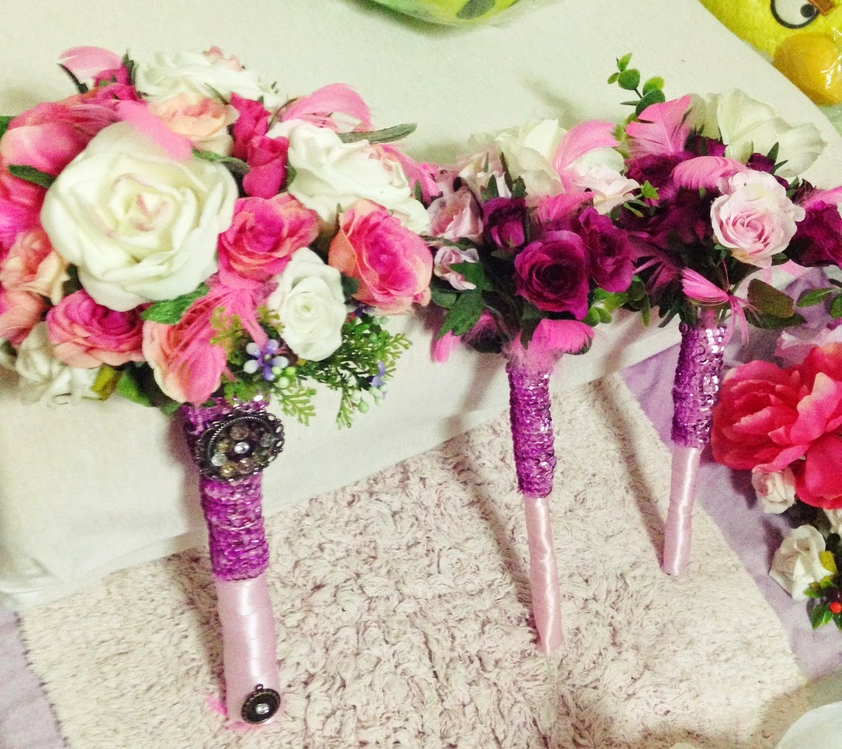 Myluckybride diy bridal bouquet your diy bridal bouquet with the entourage bouquets izmirmasajfo