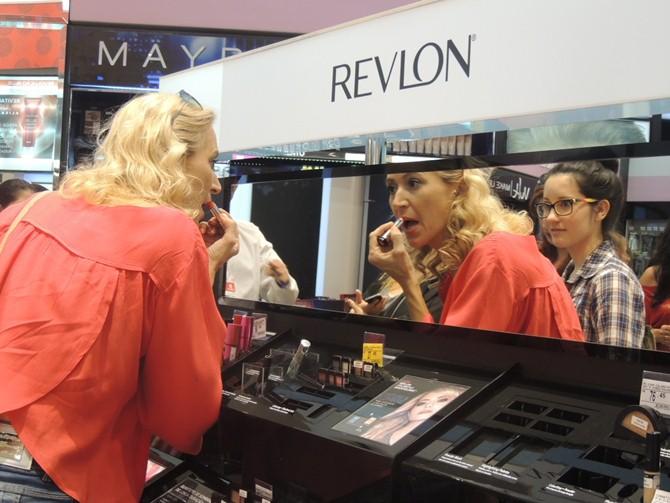 Experimentação Revlon loja Ikesaki em Campinas