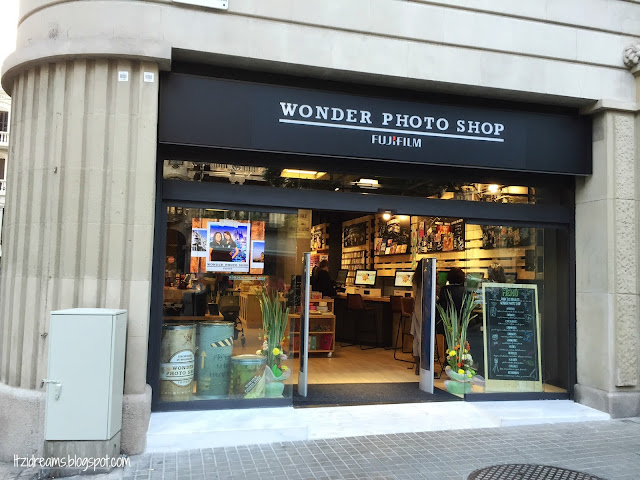 Wonder Photo Shop Barcelona, Fujifilm, Scrapbooking,