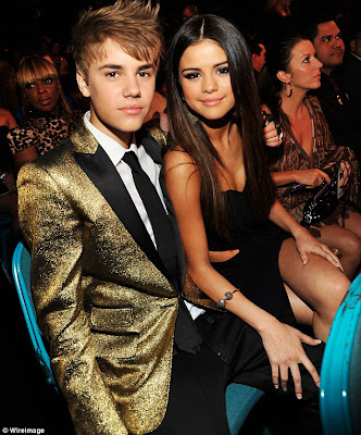 justin bieber and selena gomez height difference. selena gomez justin bieber