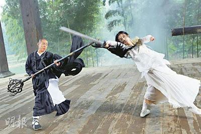 Foto Baru 'The Sorcerer and the White Snake' Tampilkan Duel Jet Li dan ...