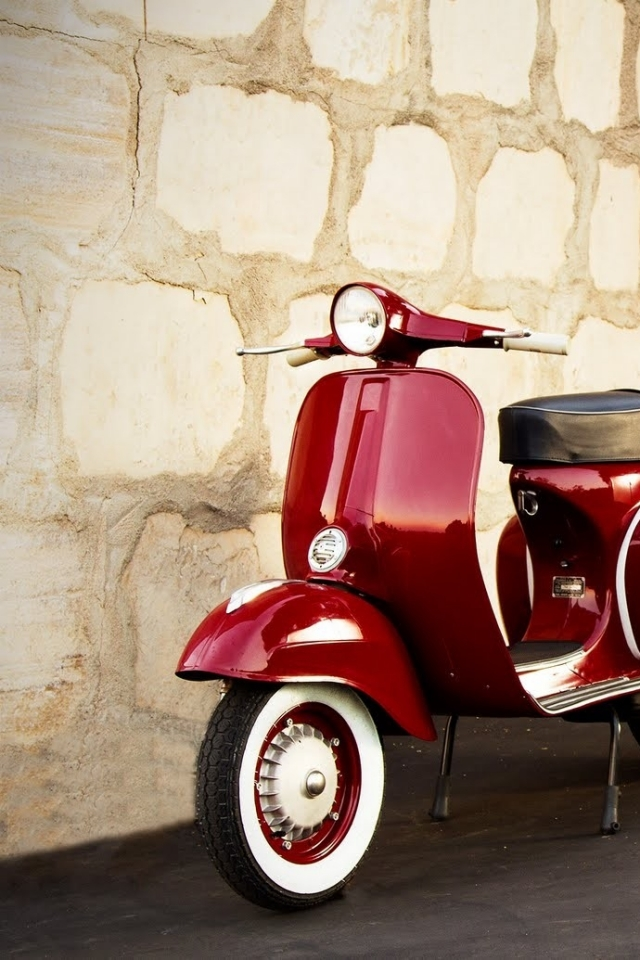 classic vespa scooters wallpaper. Black Bedroom Furniture Sets. Home Design Ideas