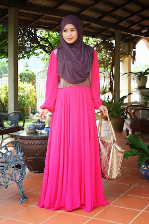 Sangat Elegan & Trendy. Terdapat Butang Di Dada Suitable Also For BF Mom.