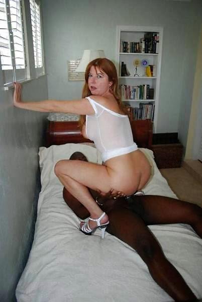 Esposa cuckold se viste