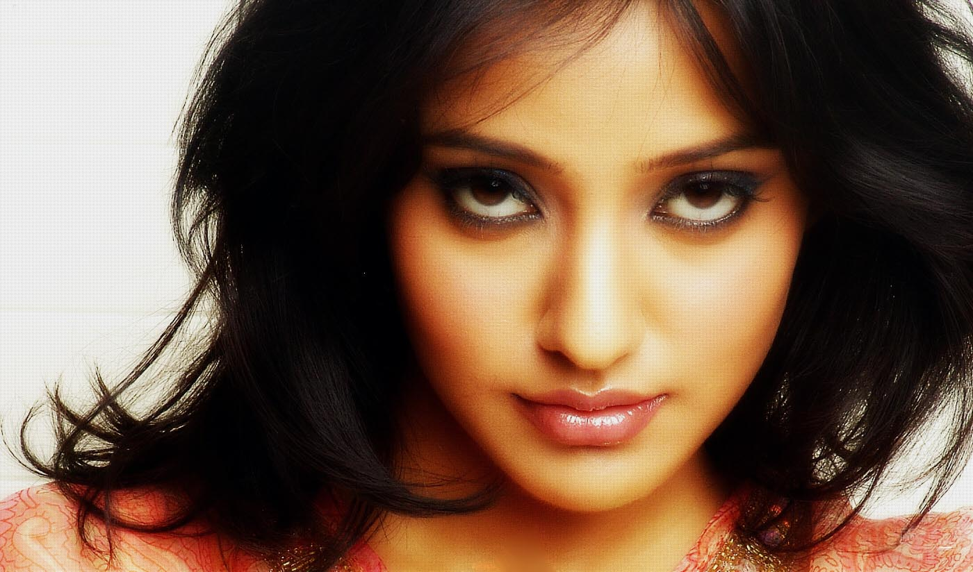 neha sharma closeup face