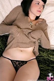 Hot Naked Girl - Bin_%2528SG%2529_Bear_Necessities_07.jpg