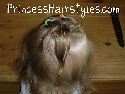 baby ponytail hairstyle